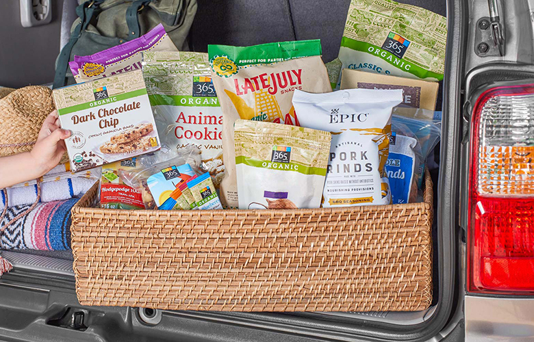 Our Top 10 Snacks to Pack on Your Next Road Trip