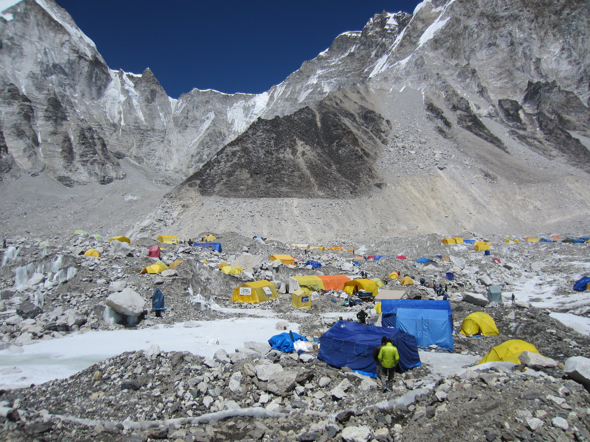 China Sets Up 'Barrier' Atop Everest As Nepal Basecamp Hit With Covid Surge