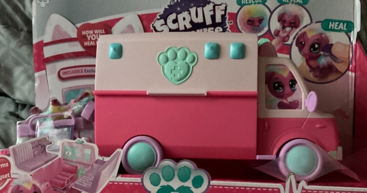 Little Live Pets Scruff-a-Luvs Surprise Vet Rescue Only $7 on Amazon (Regularly $20)