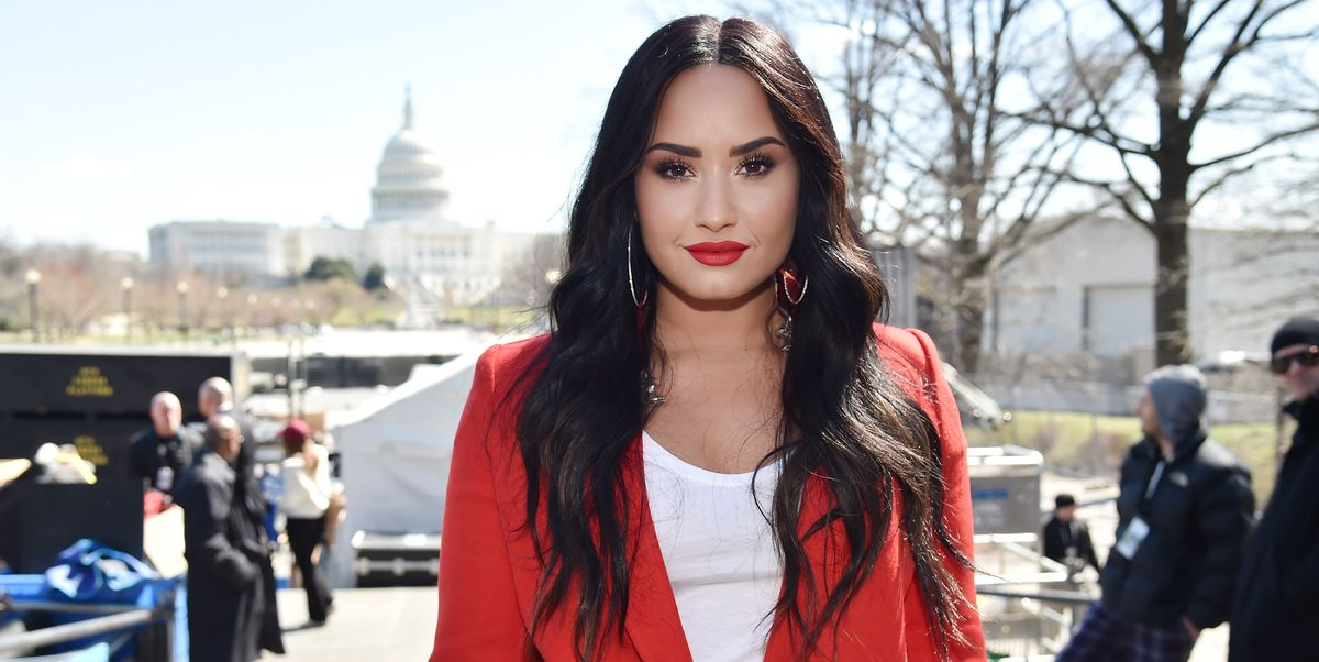 """Demi Lovato Calls Out President Trump In Her New Song \""""Commander In Chief\"""""""