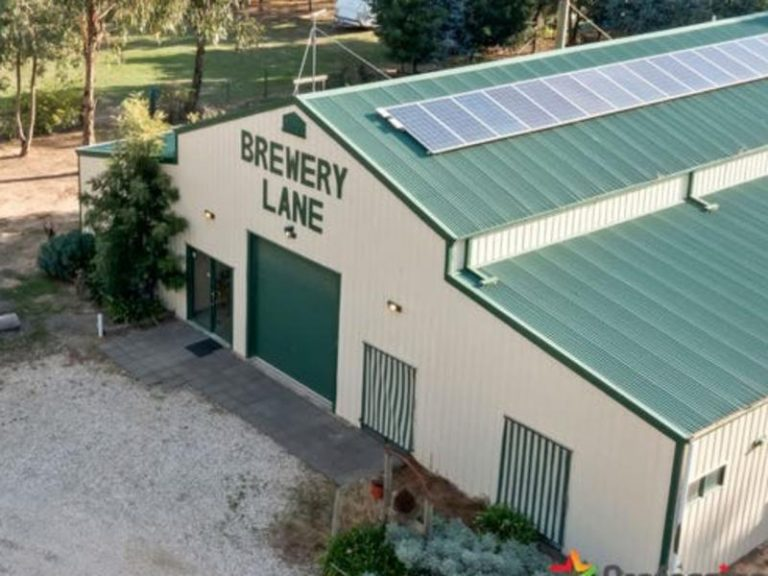 """Avenel: B&B featuring its own """"village"""" for sale in Ned Kelly hometown"""