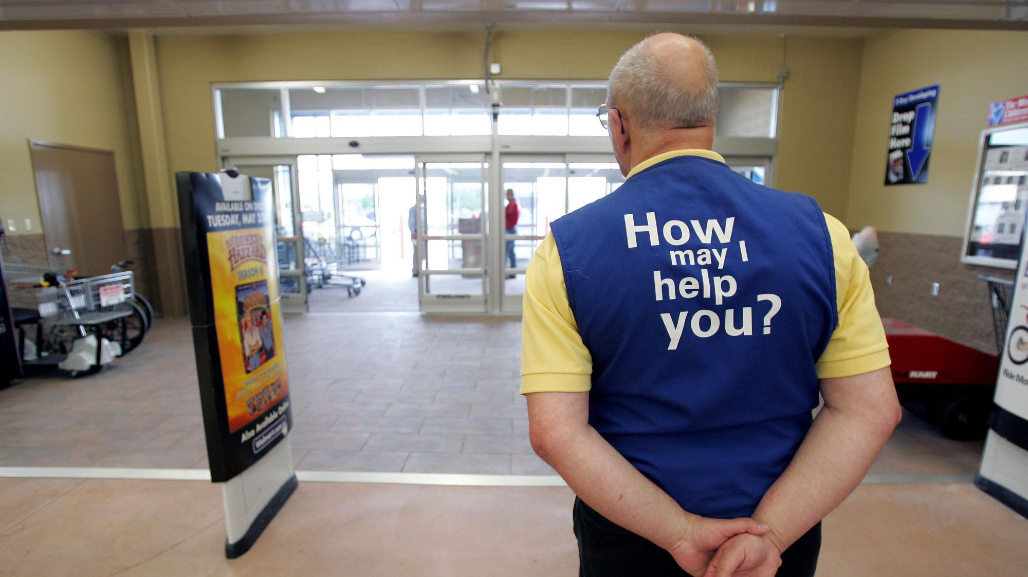 The Reason Why Walmart and Other Retail Stores Put Greeters at the Door