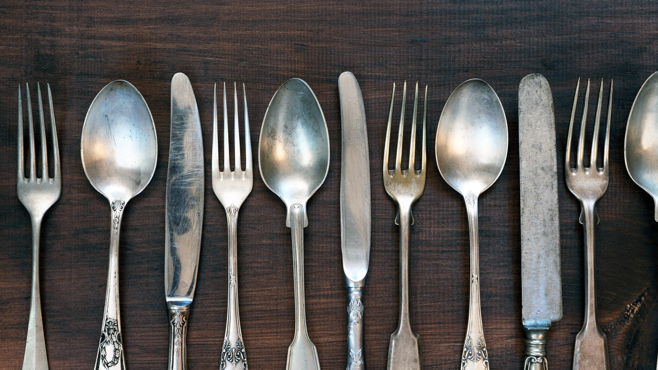 A Stainless Steel Flatware Buying Guide (2021)