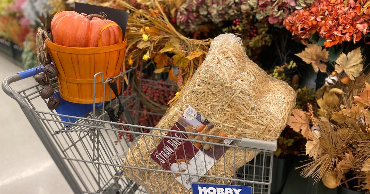 Use Hobby Lobby Fall Decor to Style Your Front Porch for $35!