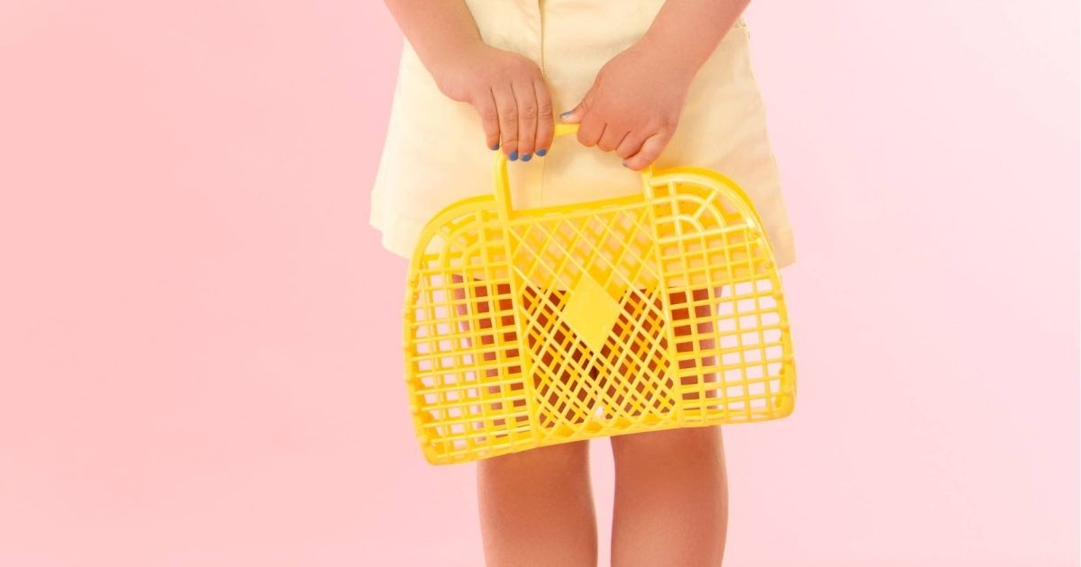 Score 6 Retro Jelly Totes for Just $16.99 Shipped (Great for Easter Baskets & the Beach)