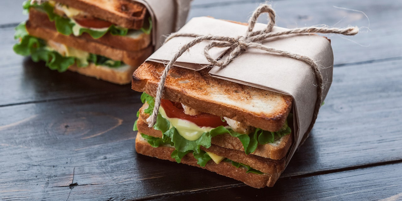 How to Build Perfect Picnic Sandwiches That Are Tasty and Portable