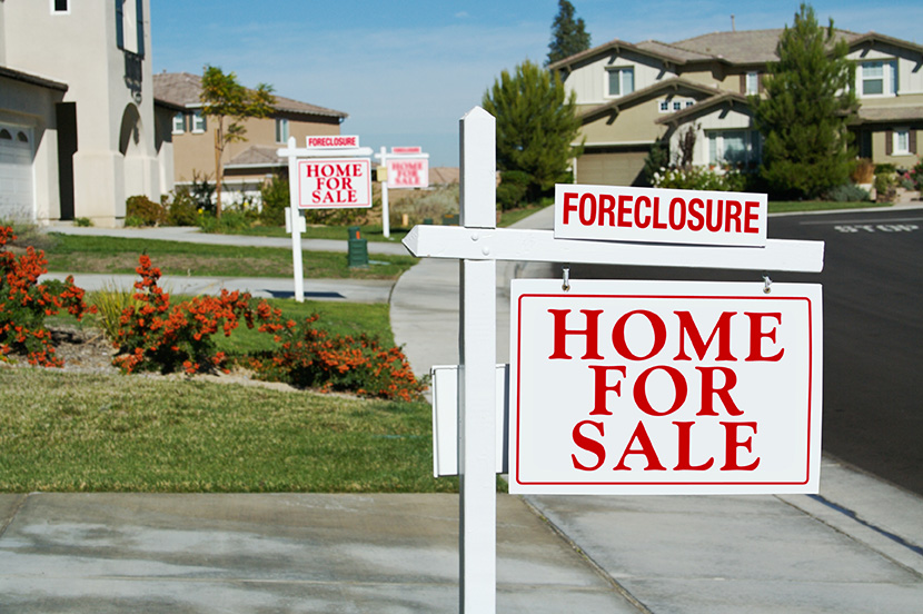 Foreclosures in the US Increase as COVID Continues To Rise