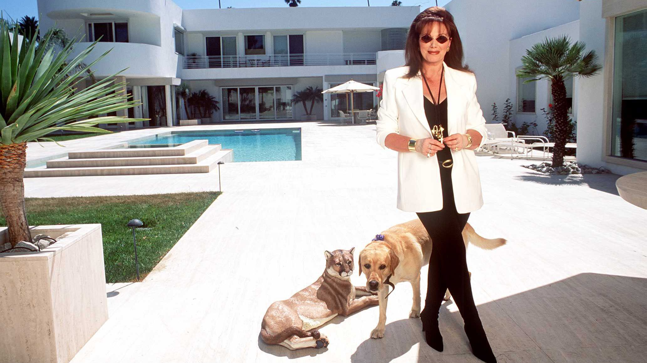 10 Surprising Facts About Jackie Collins