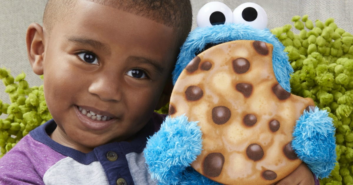 Cookie Monster Talking Plush Toy Just $15 on Amazon (Regularly $30)