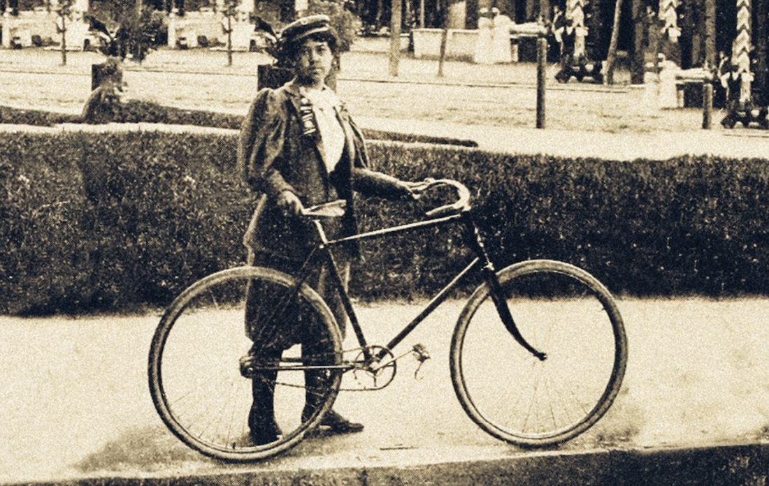Kittie Knox Rode Her Bike Up and Over the 19th Century Color Barrier