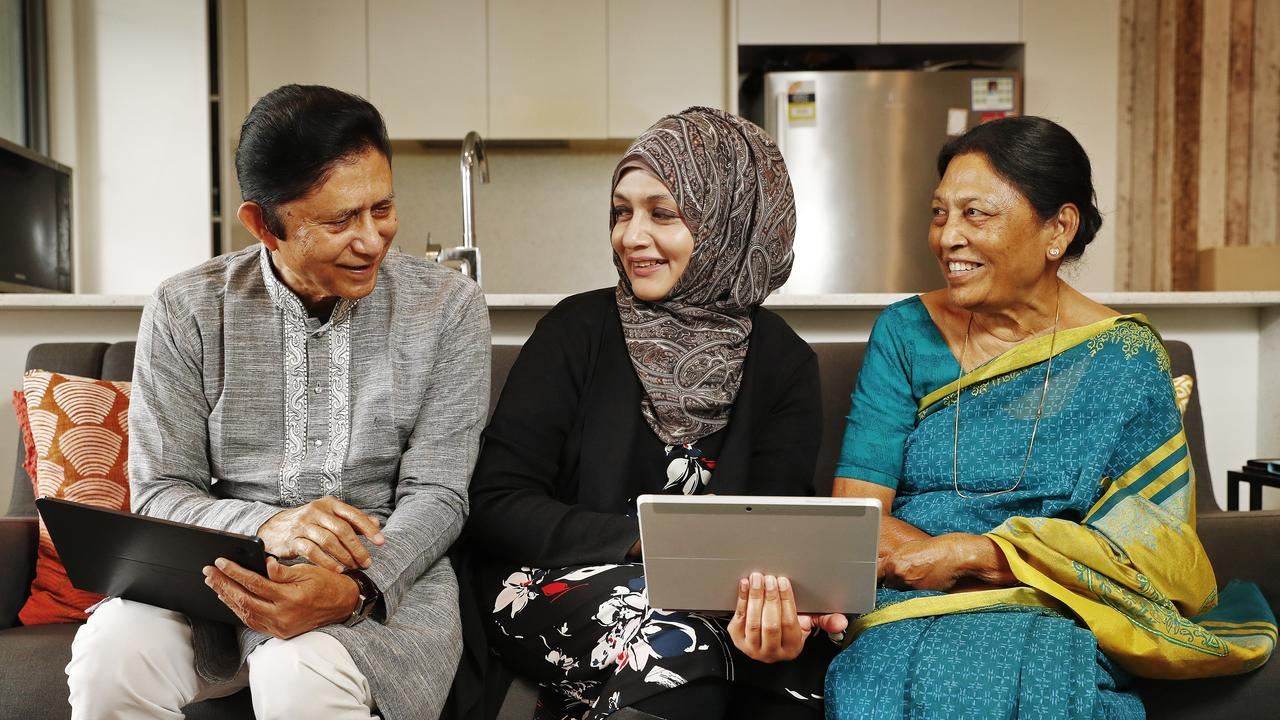 Aussies aged 50 and over offered free access to digital literacy programs