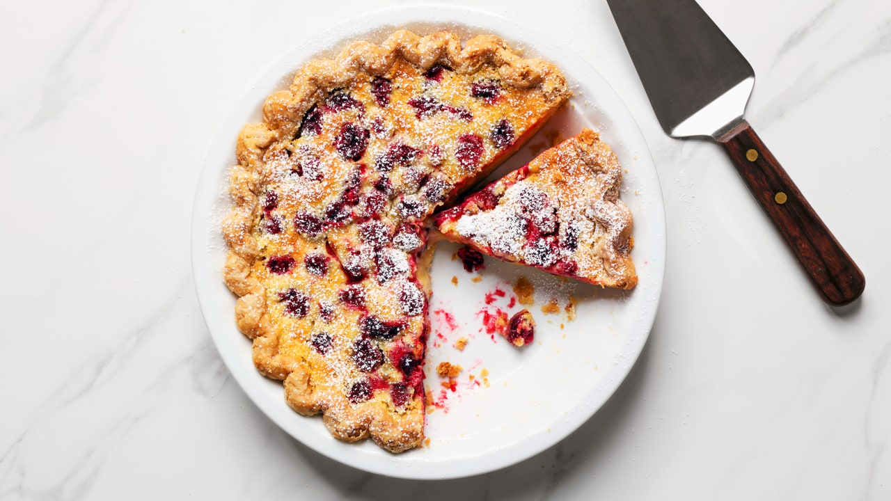 A Lemony Cranberry Pie For a Brighter Thanksgiving