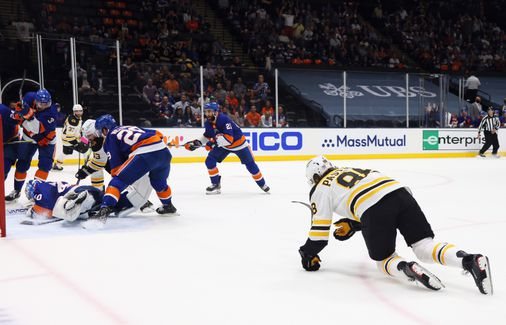 Puck movement was lacking with back-line losses, and other observations from a worrying Game 4 for the Bruins