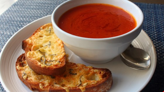 Fresh Tomato Soup with Crispy Cheese Toast Recipe