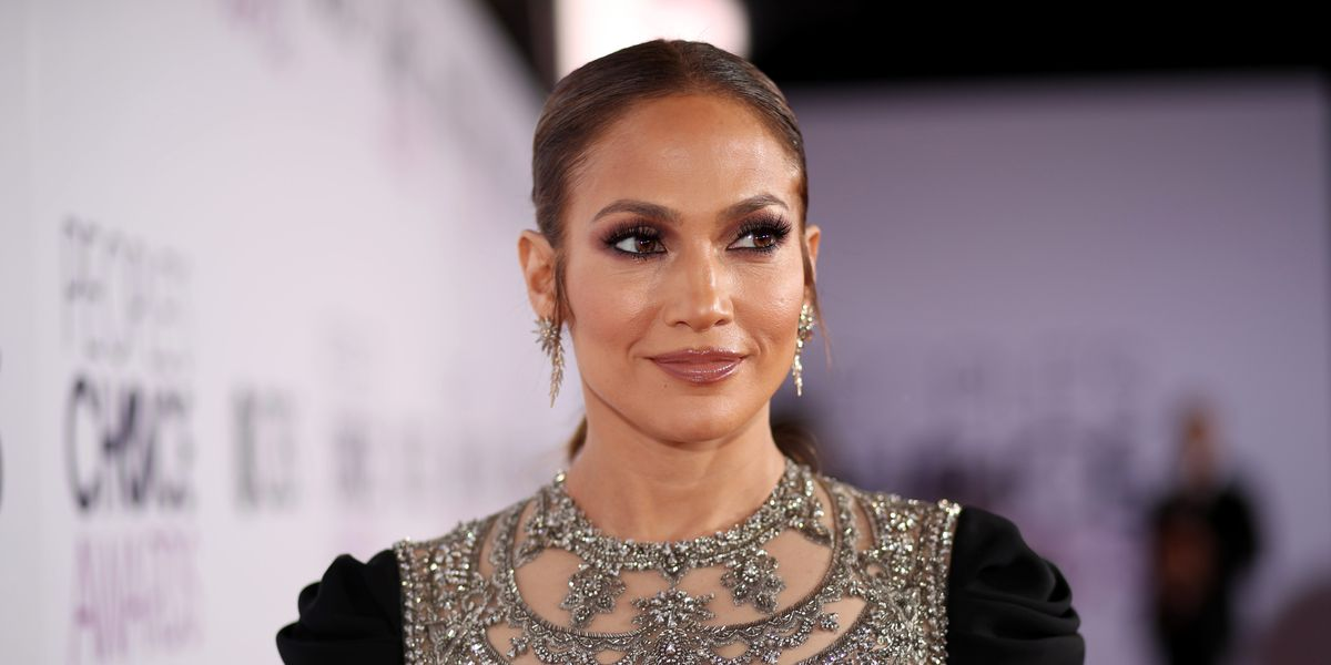 """Wait, Jennifer Lopez Is Moving To L.A. For A \""""Fresh Start\"""" With Ben Affleck"""