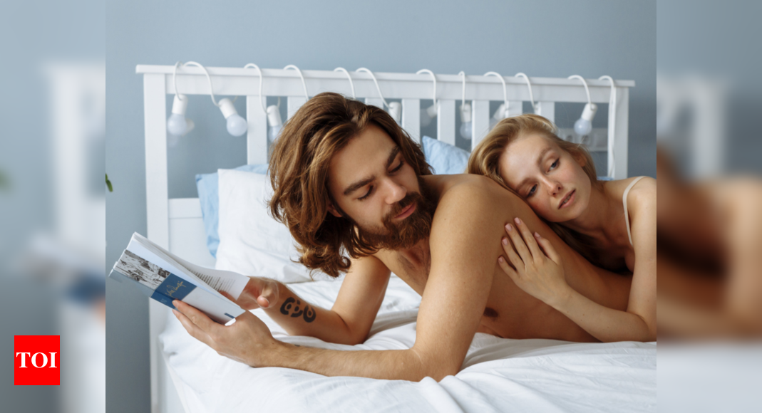These are the pros and cons of sexual fantasies in relationships