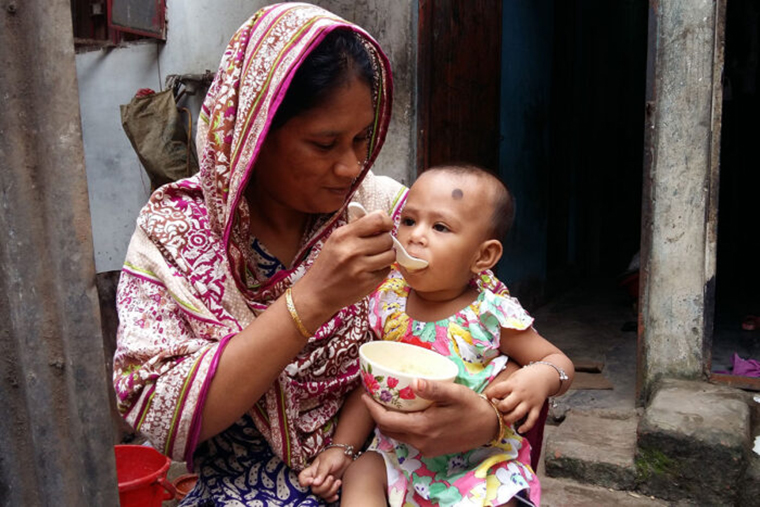 Supplement targets gut microbes to boost growth in malnourished children