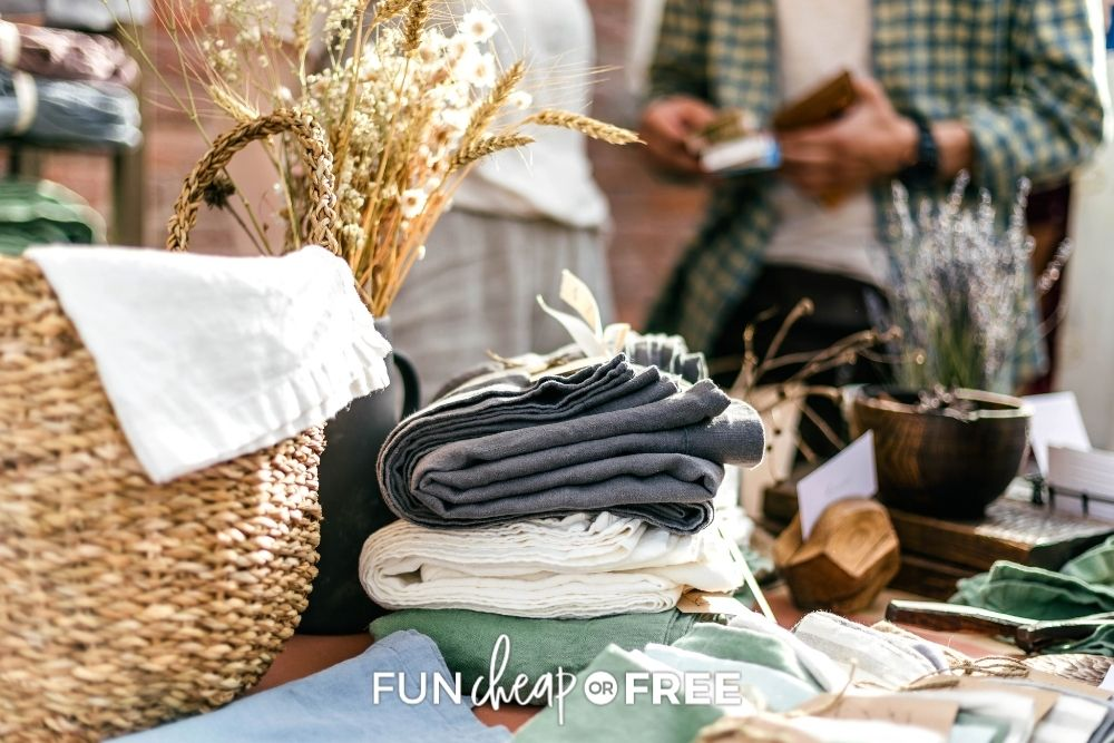 Yard Sale Tips That'll Help You Save Money!