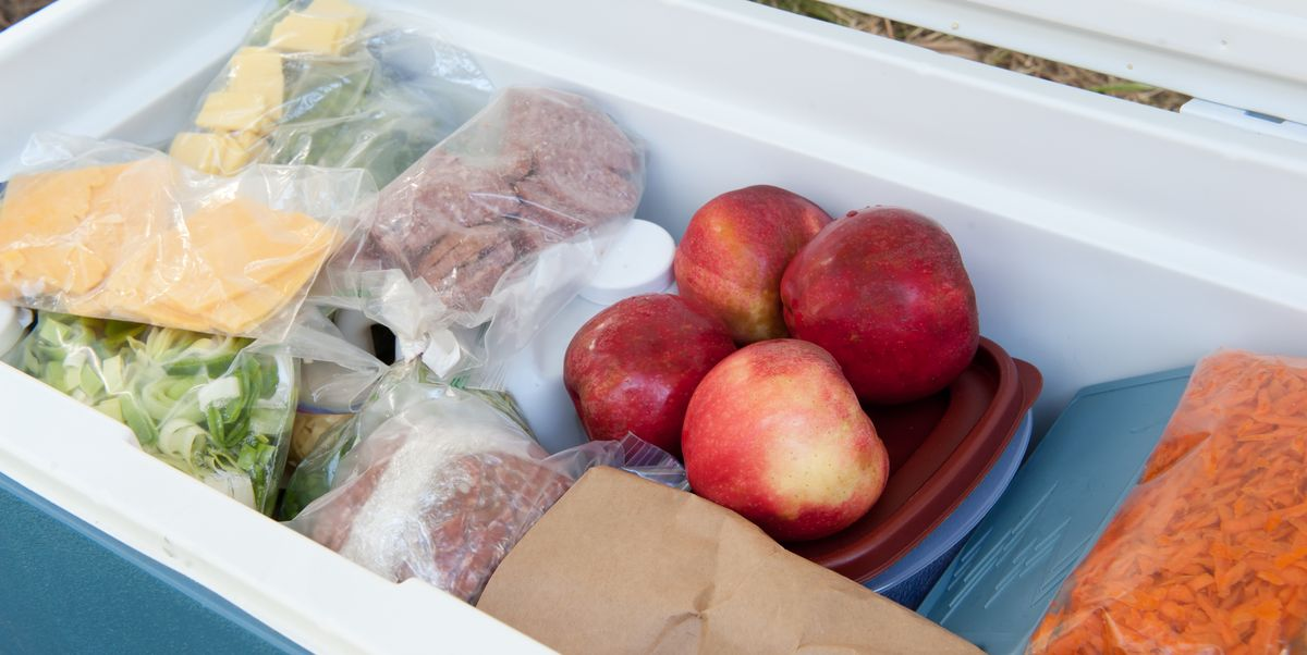 USDA Says You Shouldn't Store Food Out In The Snow