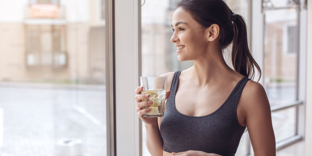 5 Health Benefits of Drinking Lemon Water Every Day, Per a Naturopathic Physician