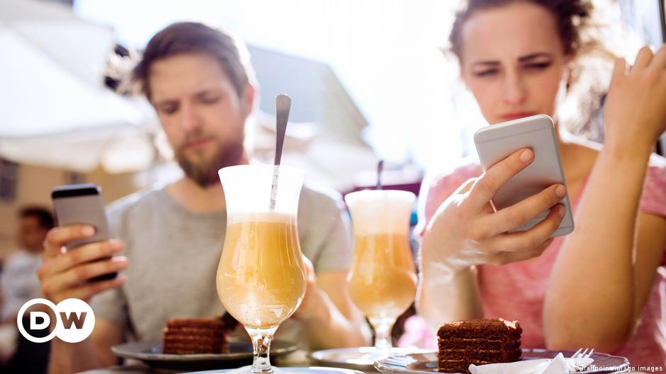 Disconnected: How phones affect our relationships