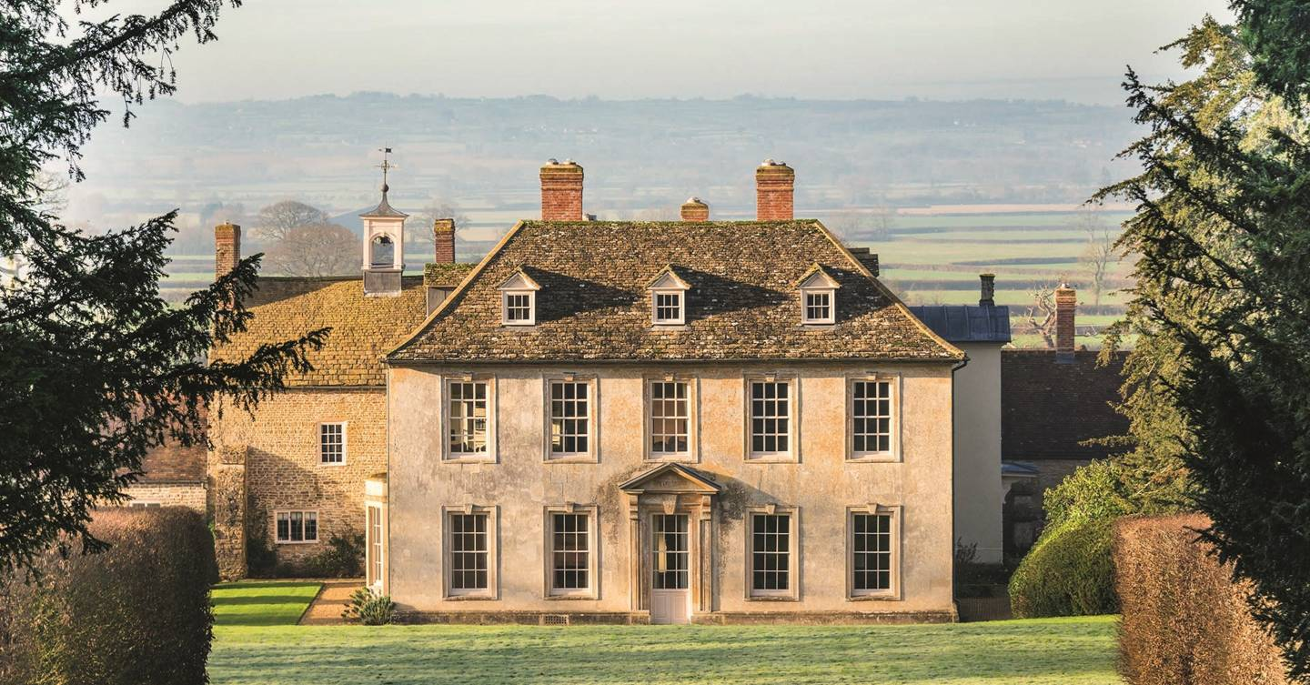 The most amazing party mansions to rent in the UK