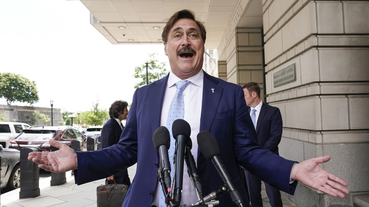 MyPillow Guy Mike Lindell Is Having a 'Cyber Symposium' to Prove Trump Won