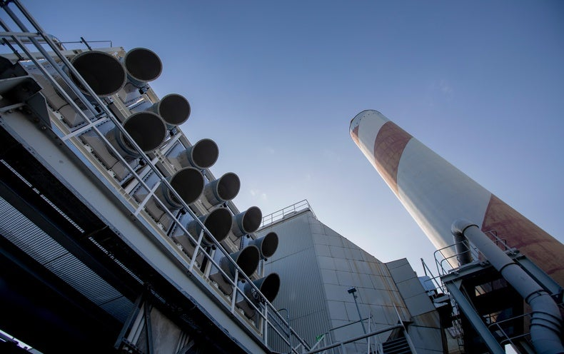 Direct Air Capture of CO 2 Is Suddenly a Carbon Offset Option
