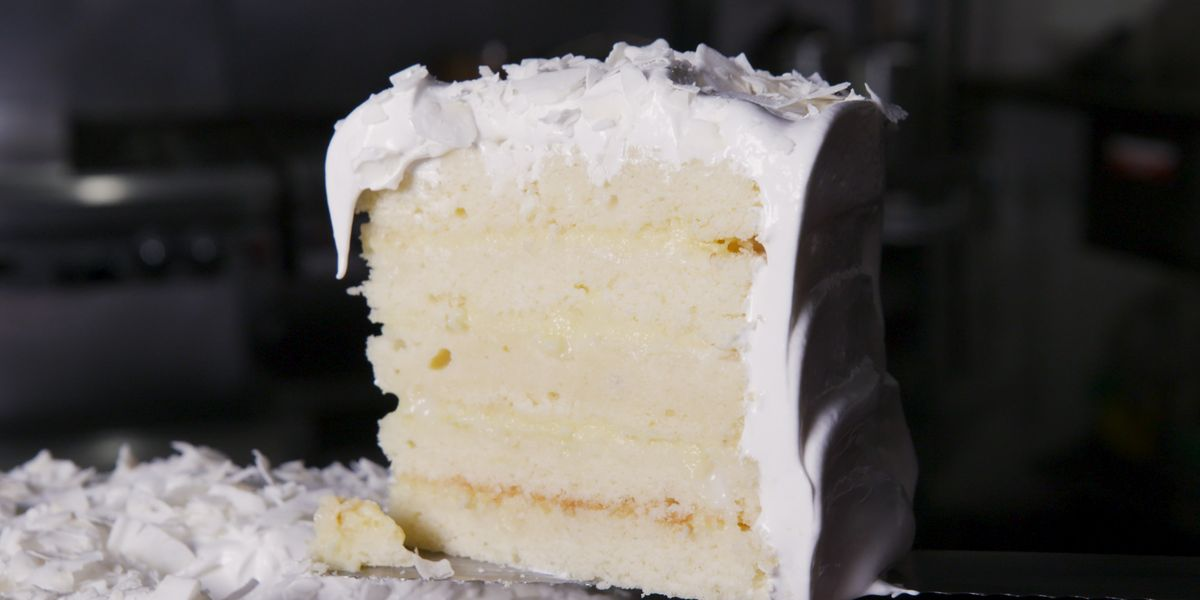 """Best First Lady Laura Bush's Favorite Coconut Cake \""""Wheezy's Cake\"""" Recipe"""
