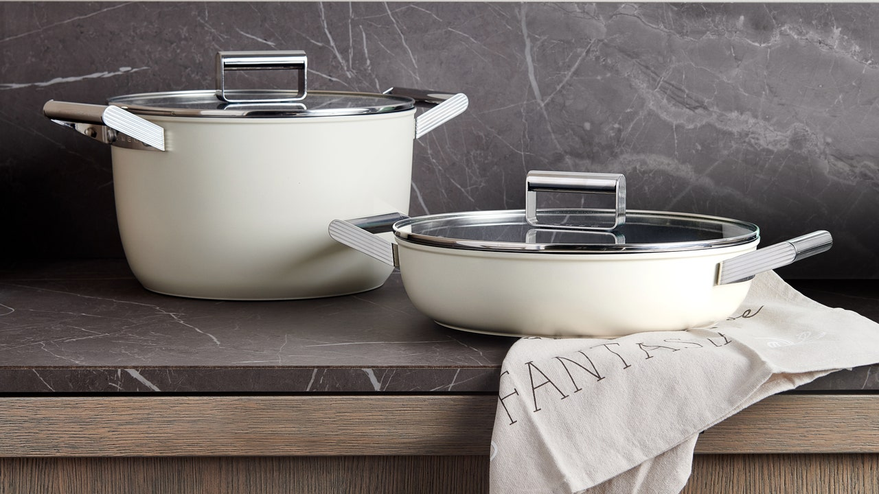 Smeg Cookware Collection Review: Is This Nonstick Cookware As Effective As It Is Good-Looking?
