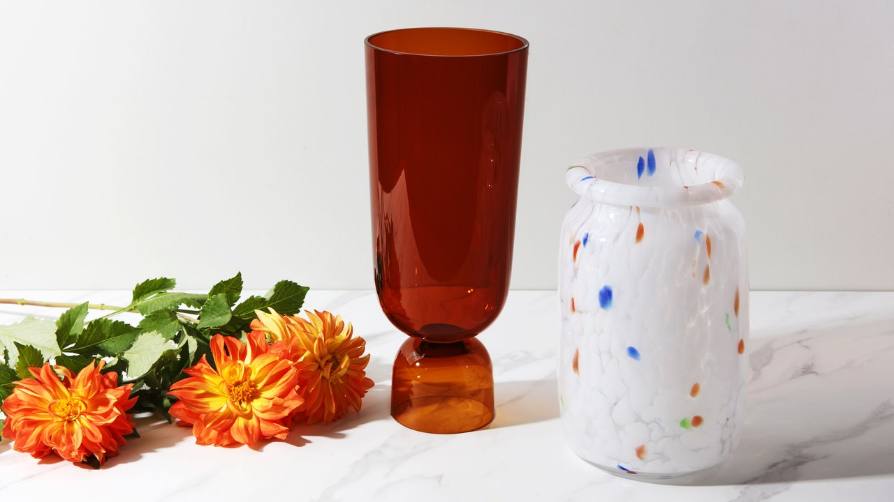 The Best Vase for Every Type of Flower