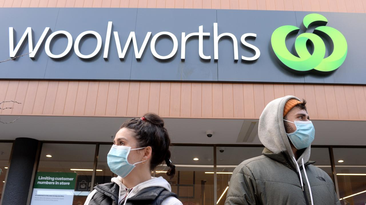Victoria: Coles, Woolworths help contact tracers track Covid cases with loyalty card data