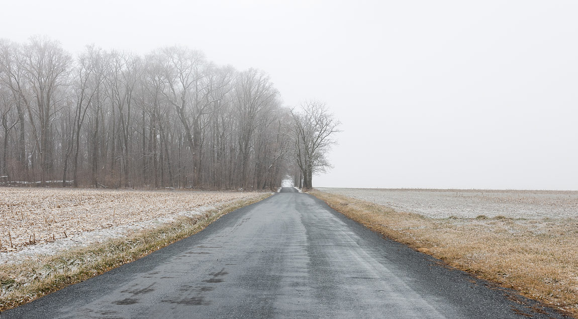 Country Road, Frederick County, Maryland, USA