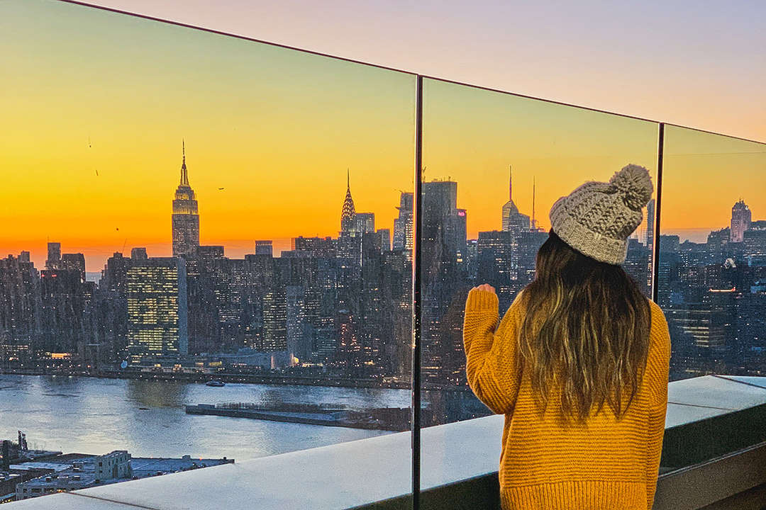 Moving to New York Advice { Local Tips for Living in NYC }