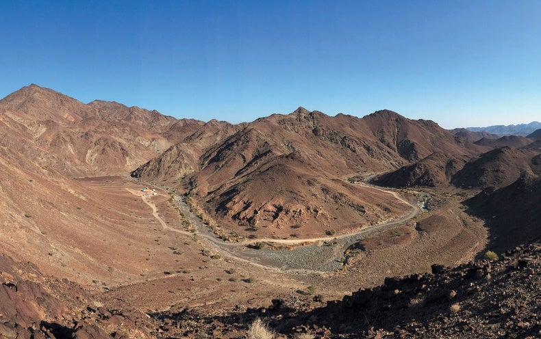 Rare Mantle Rocks in Oman Could Sequester Massive Amounts of CO 2