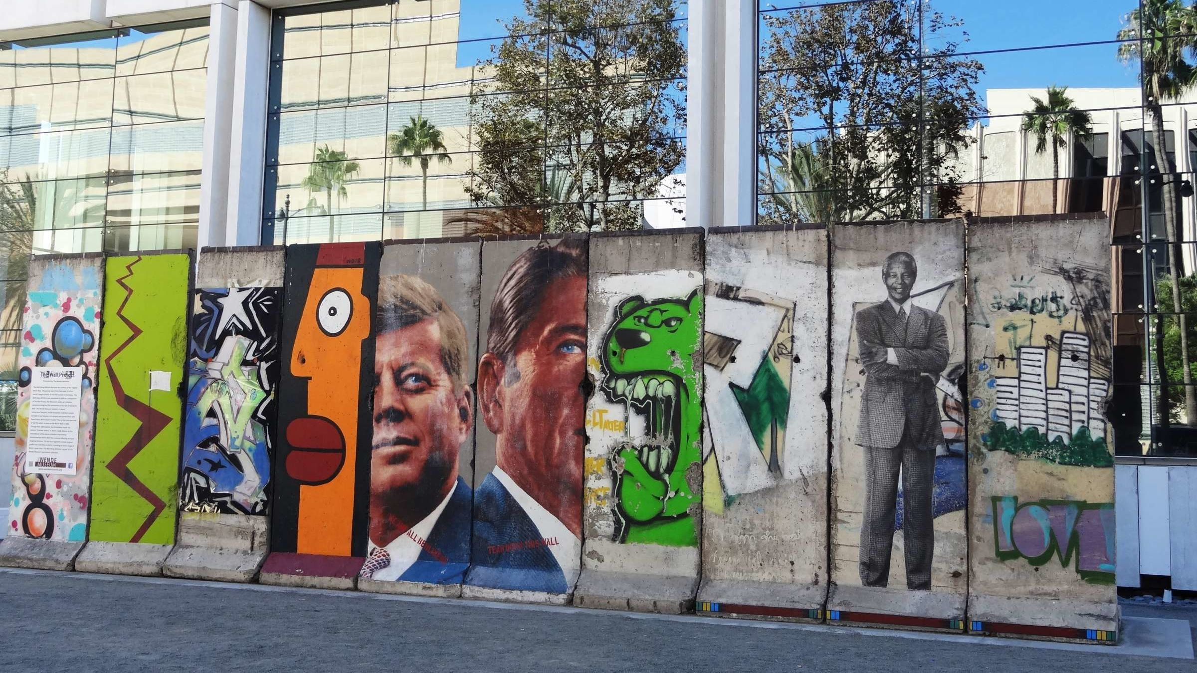 15 Surprising Places to See the Berlin Wall