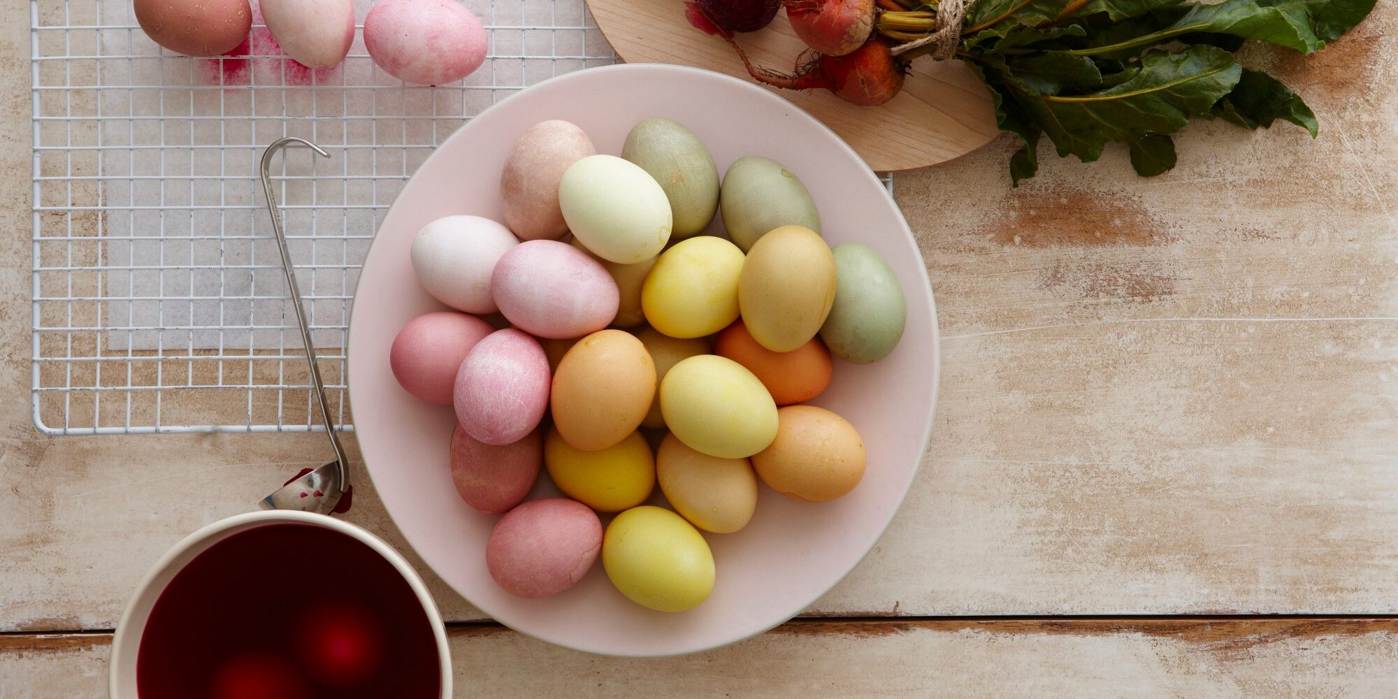 How to Make 9 Natural Easter Egg Dyes