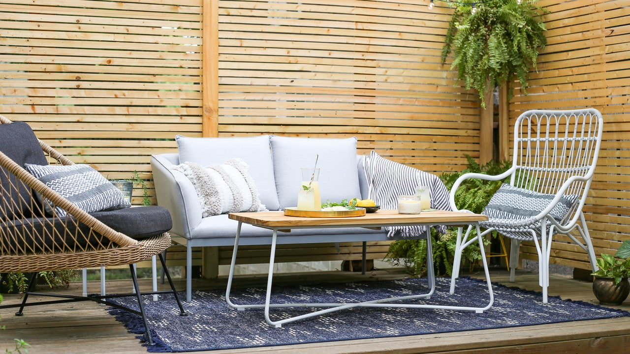 7 Durable Outdoor Rugs to Give Your Deck Some Style