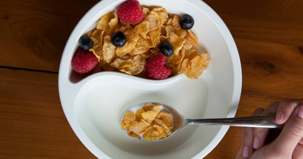 These Clever Cereal Bowls Keep Your Cereal Crunchy & Are as Low as $5 Each on Amazon