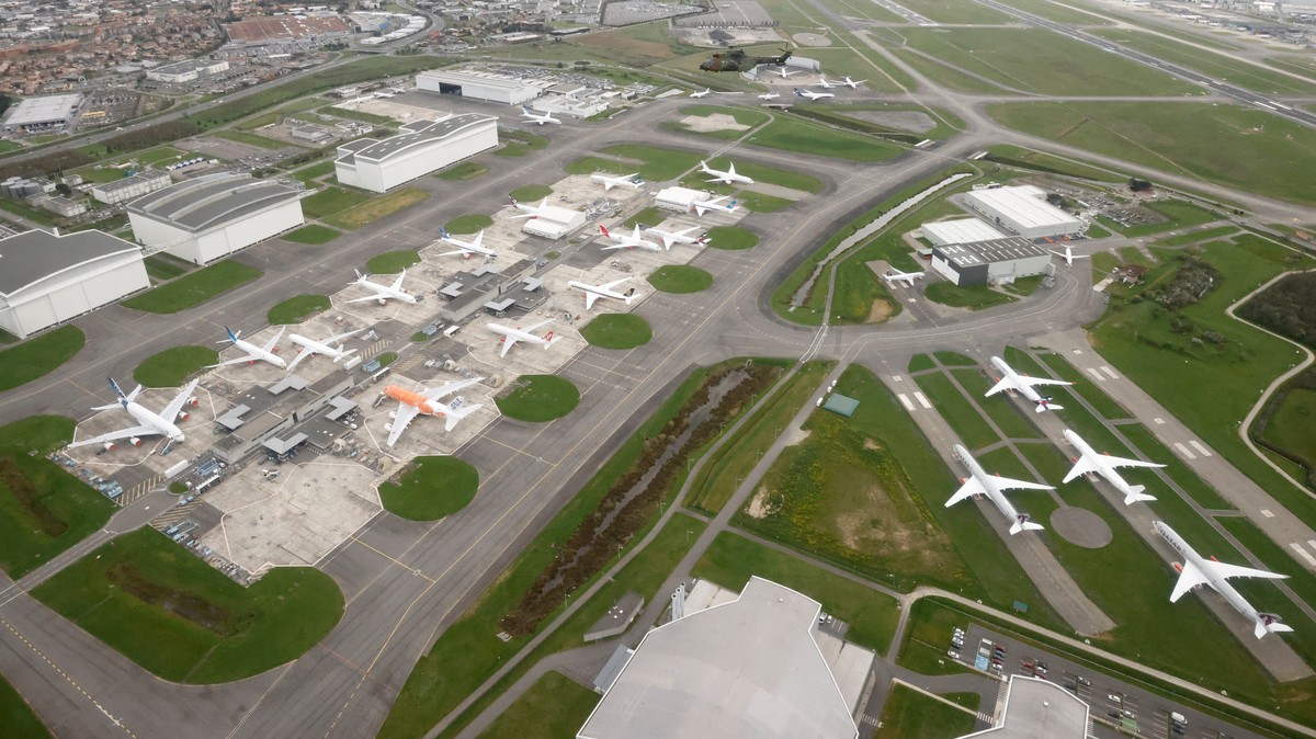 Pilots Grounded by COVID Tell Us What They Are Doing With Their Lives