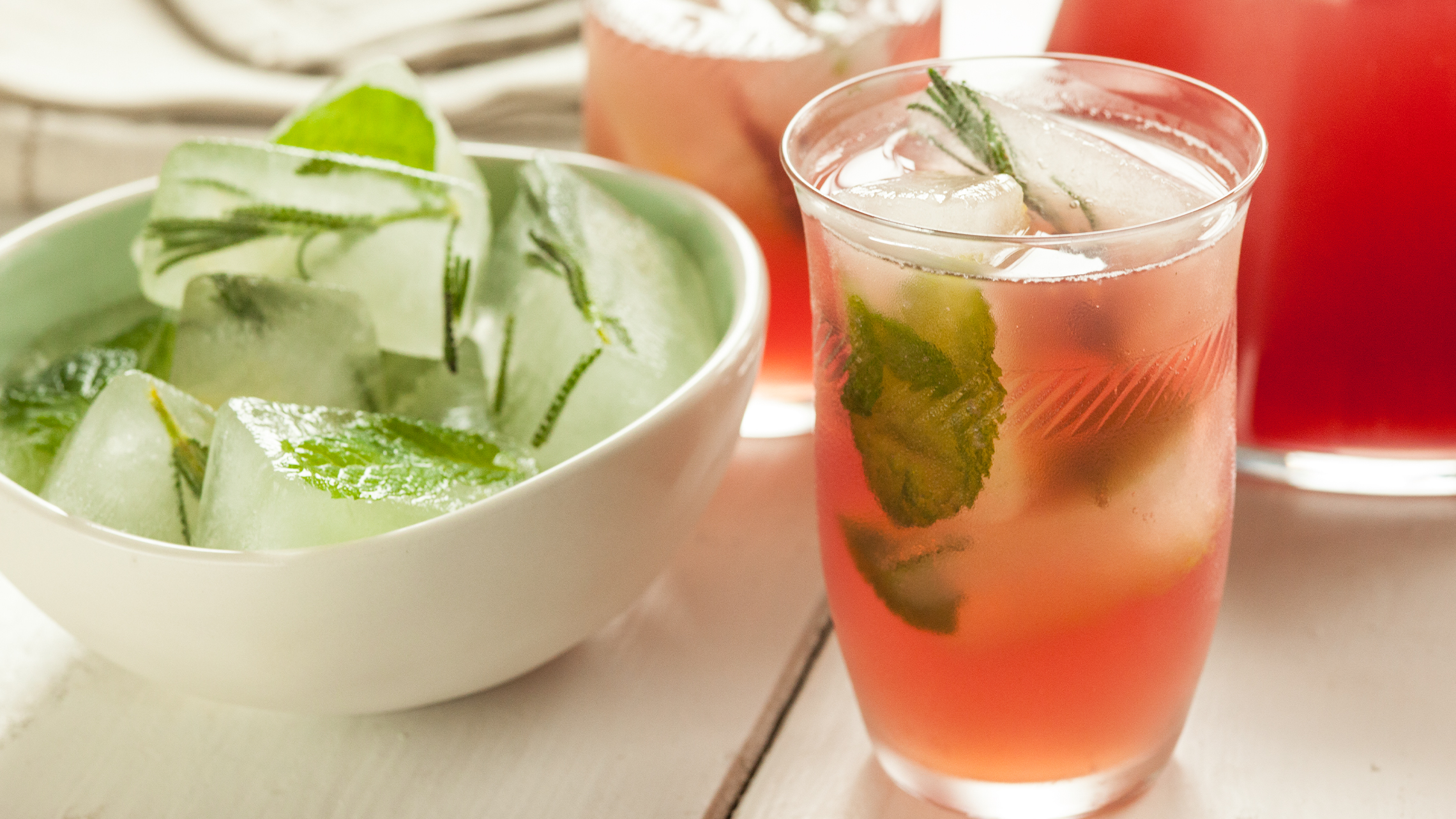 8 Refreshing Summer Drinks to Keep You Cool