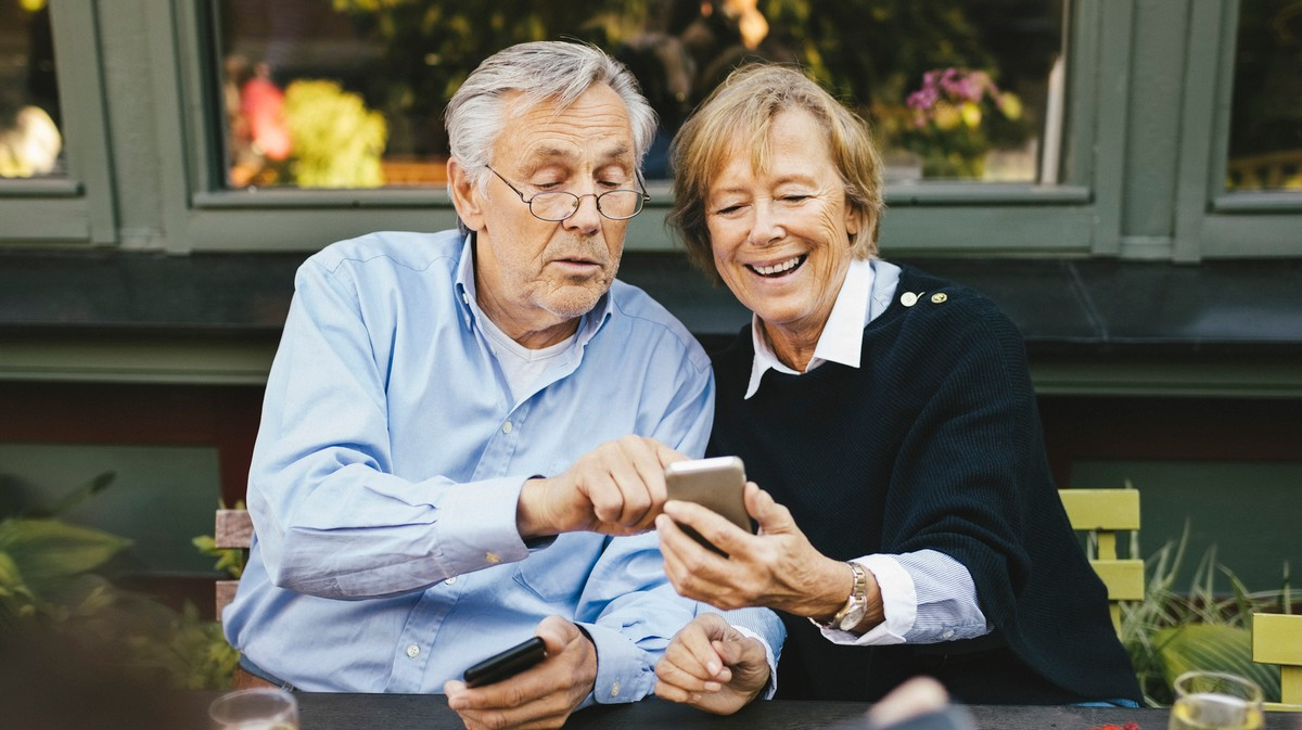 Why Are My Boomer Parents on Their Phones Literally All the Time?