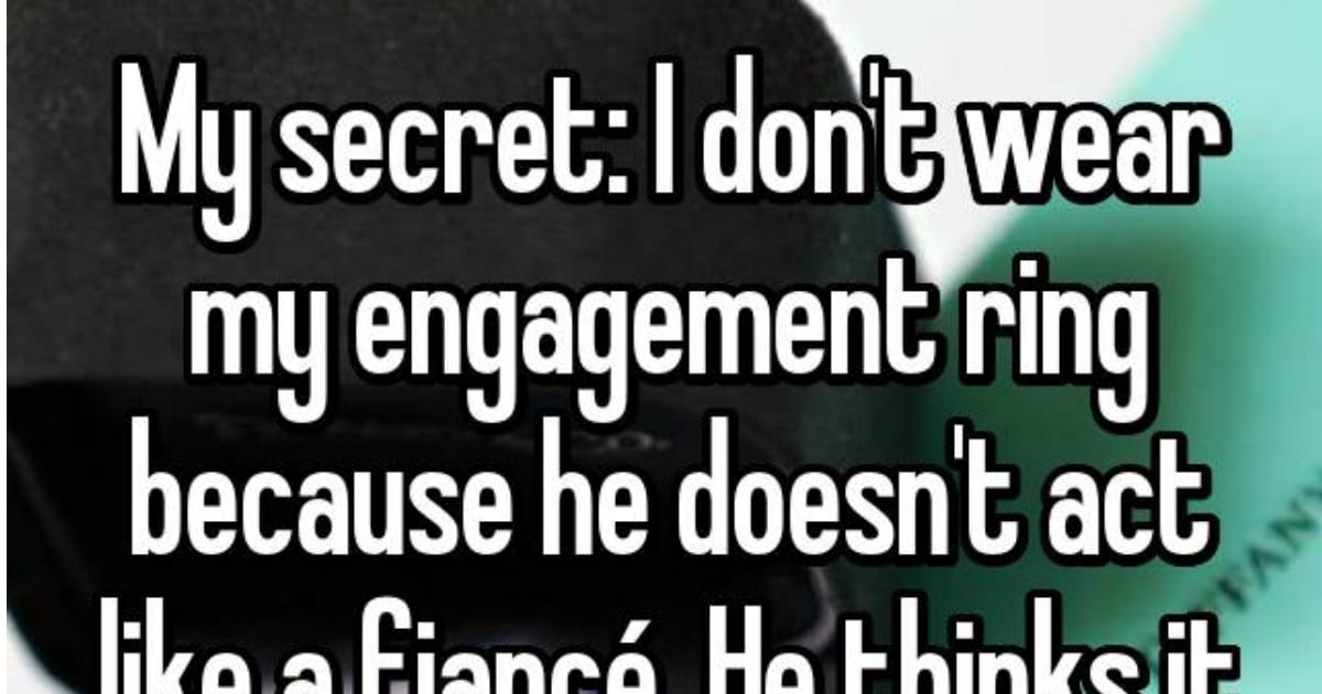People Share the Reasons They Leave Their Engagement Rings at Home