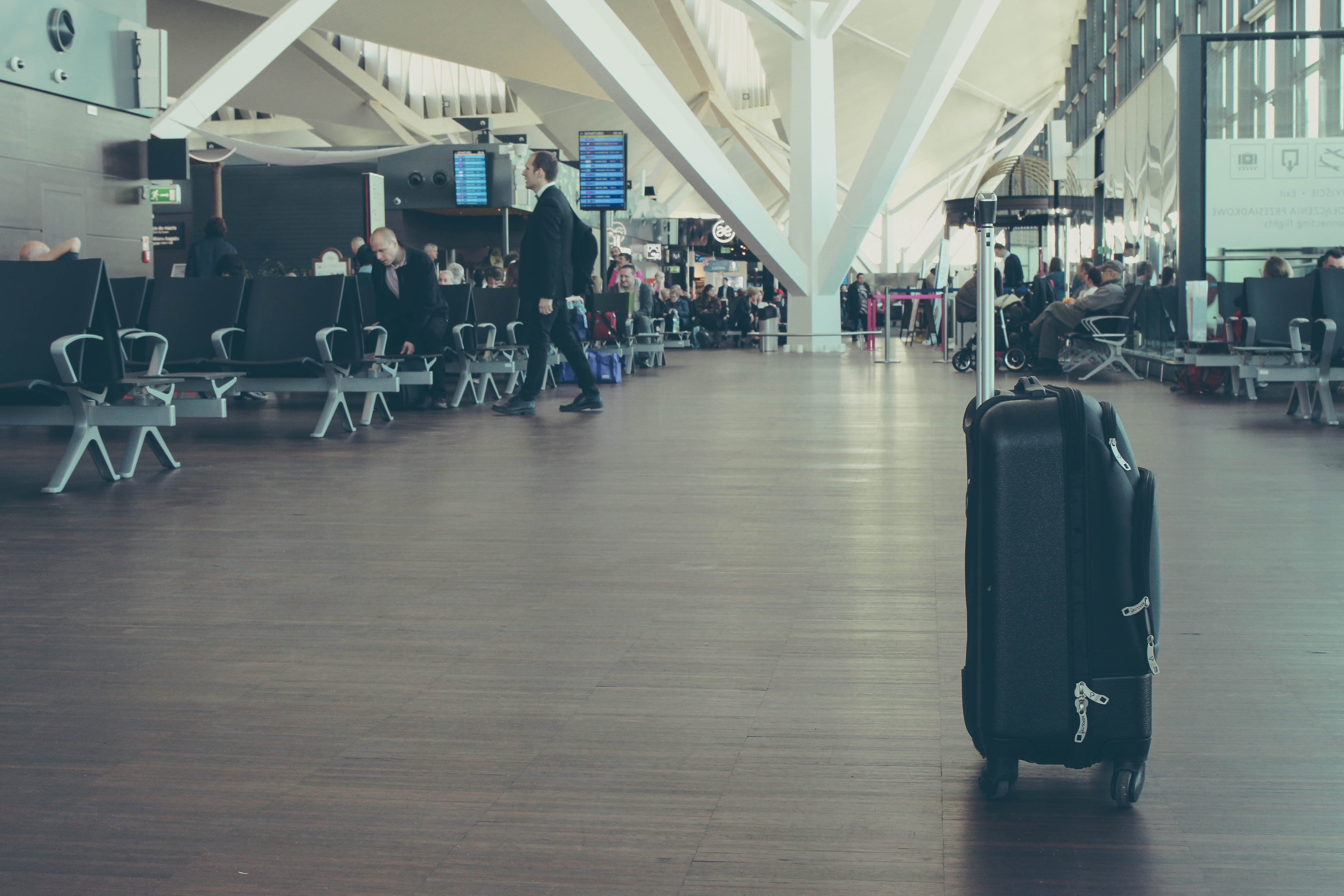 4 Ways To Track And Recover Your Stuff If It Gets Stolen When Traveling