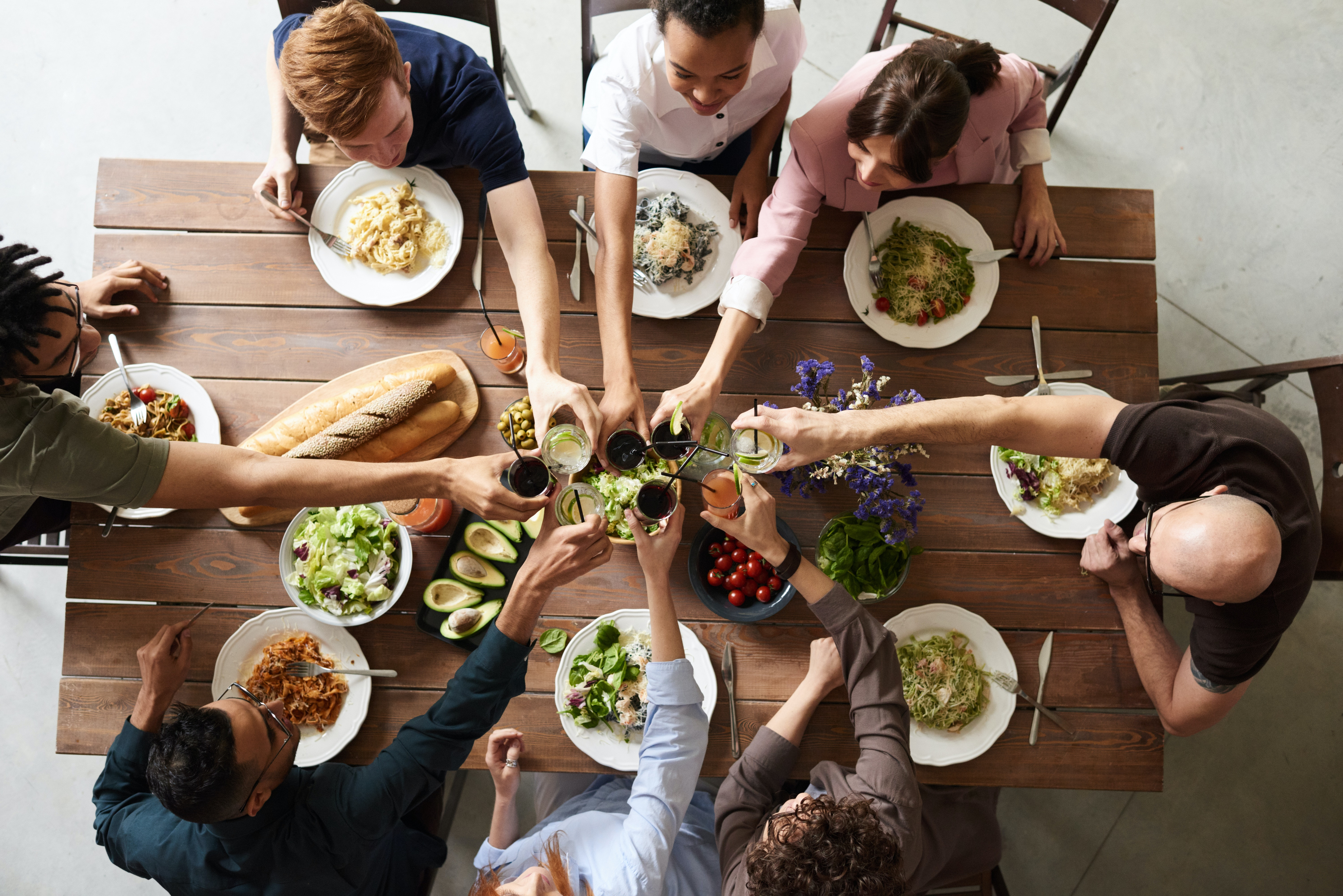 Learn How To Throw A Fun Dinner Party
