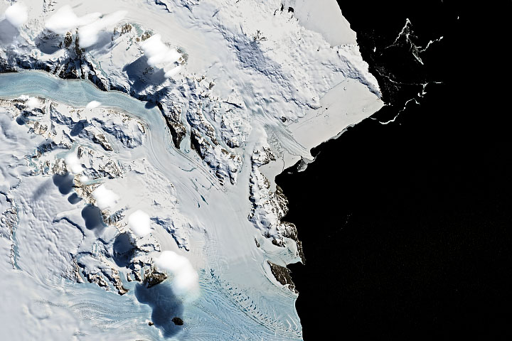 Curious Clouds in the Transantarctic Mountains