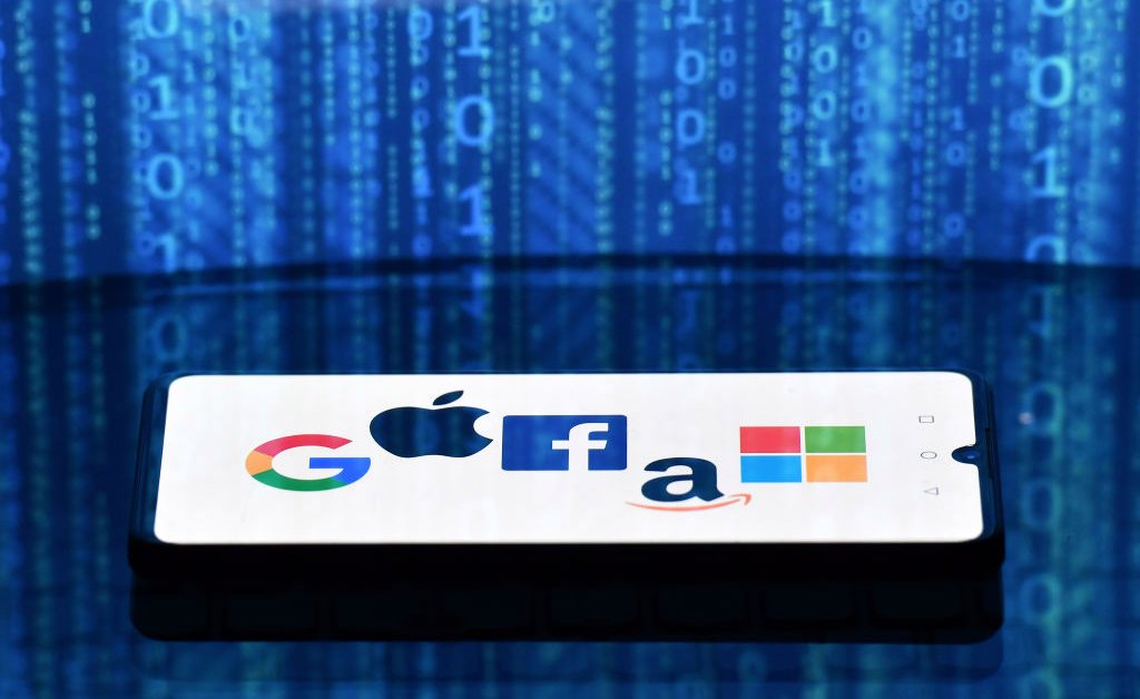 America's Tech Giants Need to Regain Trust to Help the U.S. Compete With China. Here's How