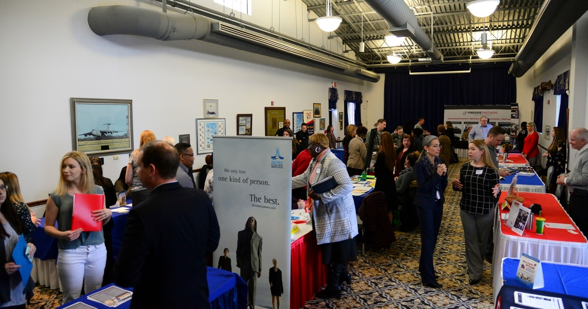 DoD military spouse symposium to offer strategies for careers, relationships