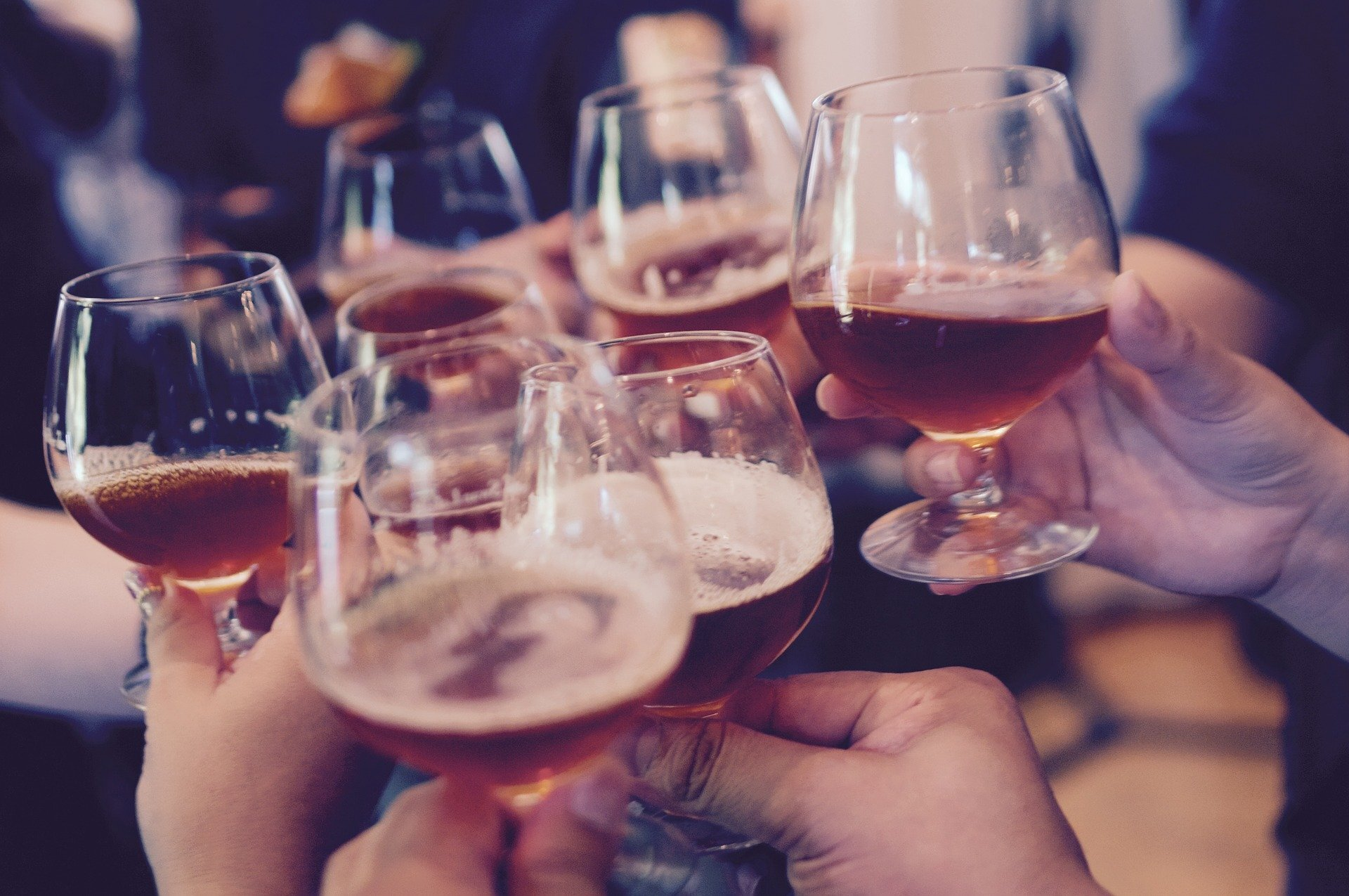 Romantic relationships mitigate effects of trauma on alcohol use among college students