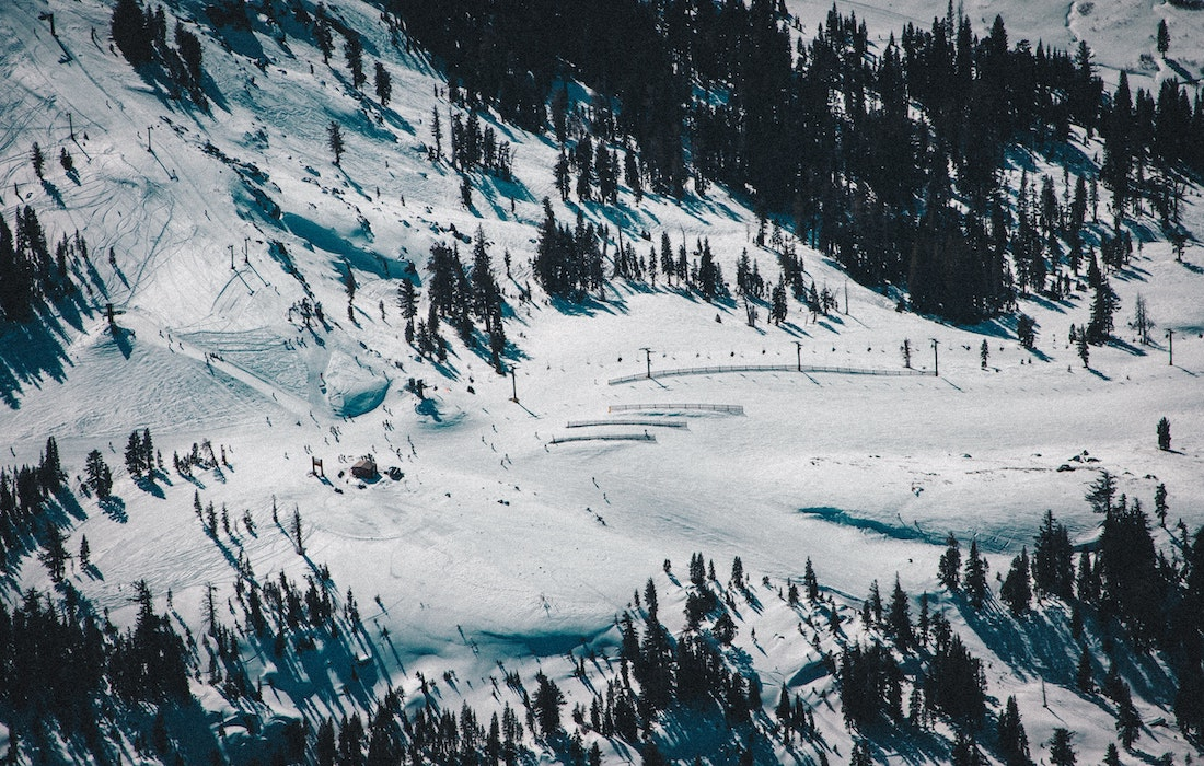 What to Expect When Planning a Ski Trip This Year at the Big Resorts